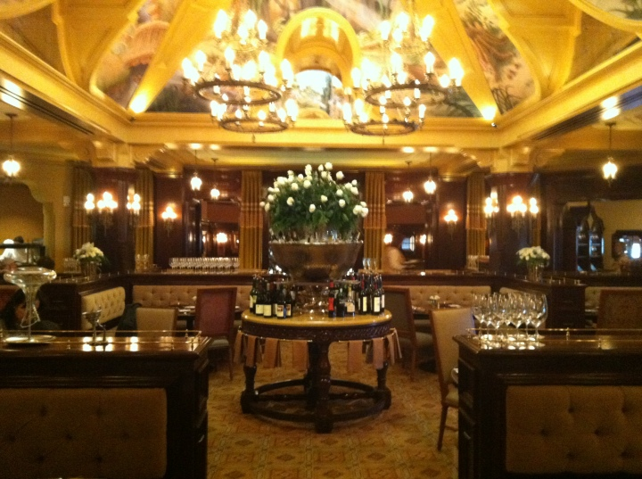 The interior of the Carthay Circle Restaurant