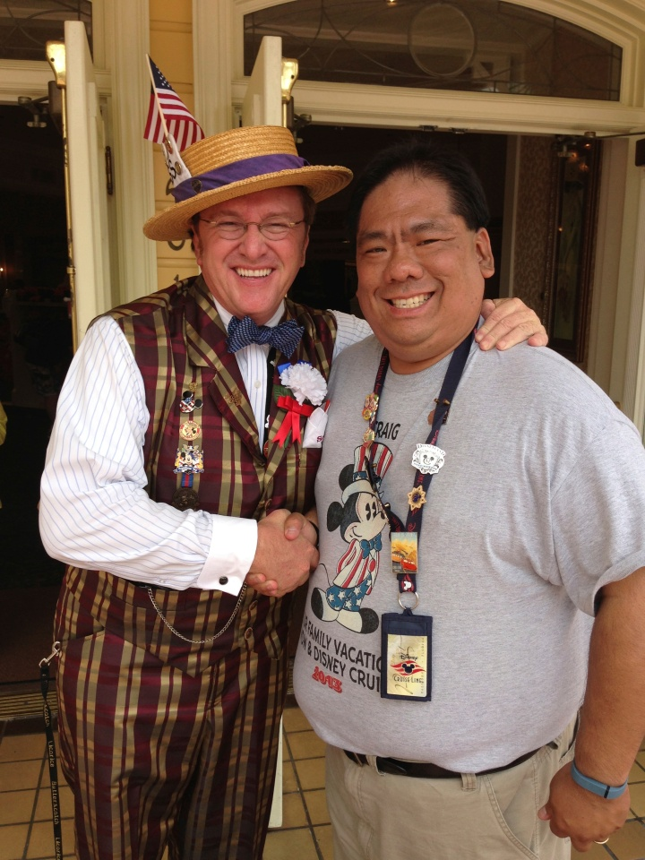 Meeting Scoop on Main Street in the Magic Kingdom WDW