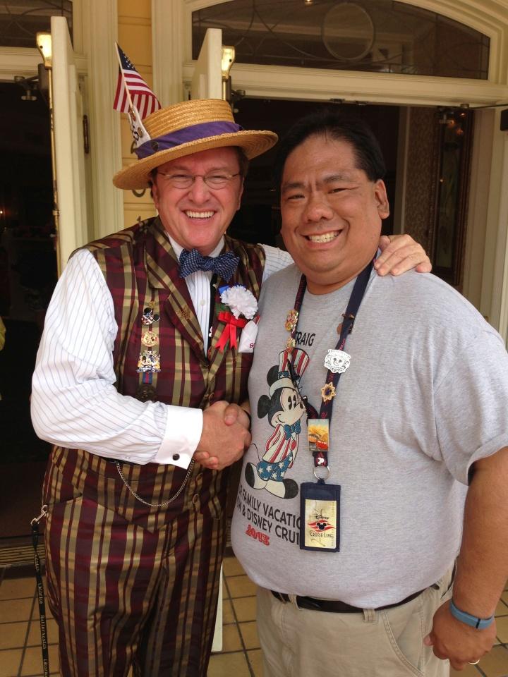 Meeting Scoop on Main Street in the Magic Kingdom WDW