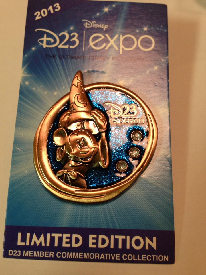 The nicest of the bronze copper penny pins released at the Expo - keeping this one!