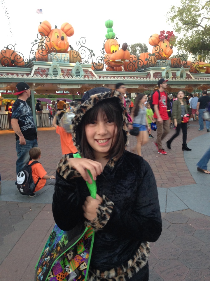 About to enter into Mickey's Halloween Party for some great fun!