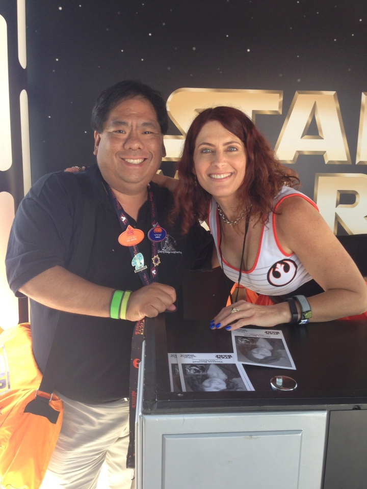 Getting an autograph from the lovely Vanessa Marshall who plays Hera in the new Star Wars Rebels
