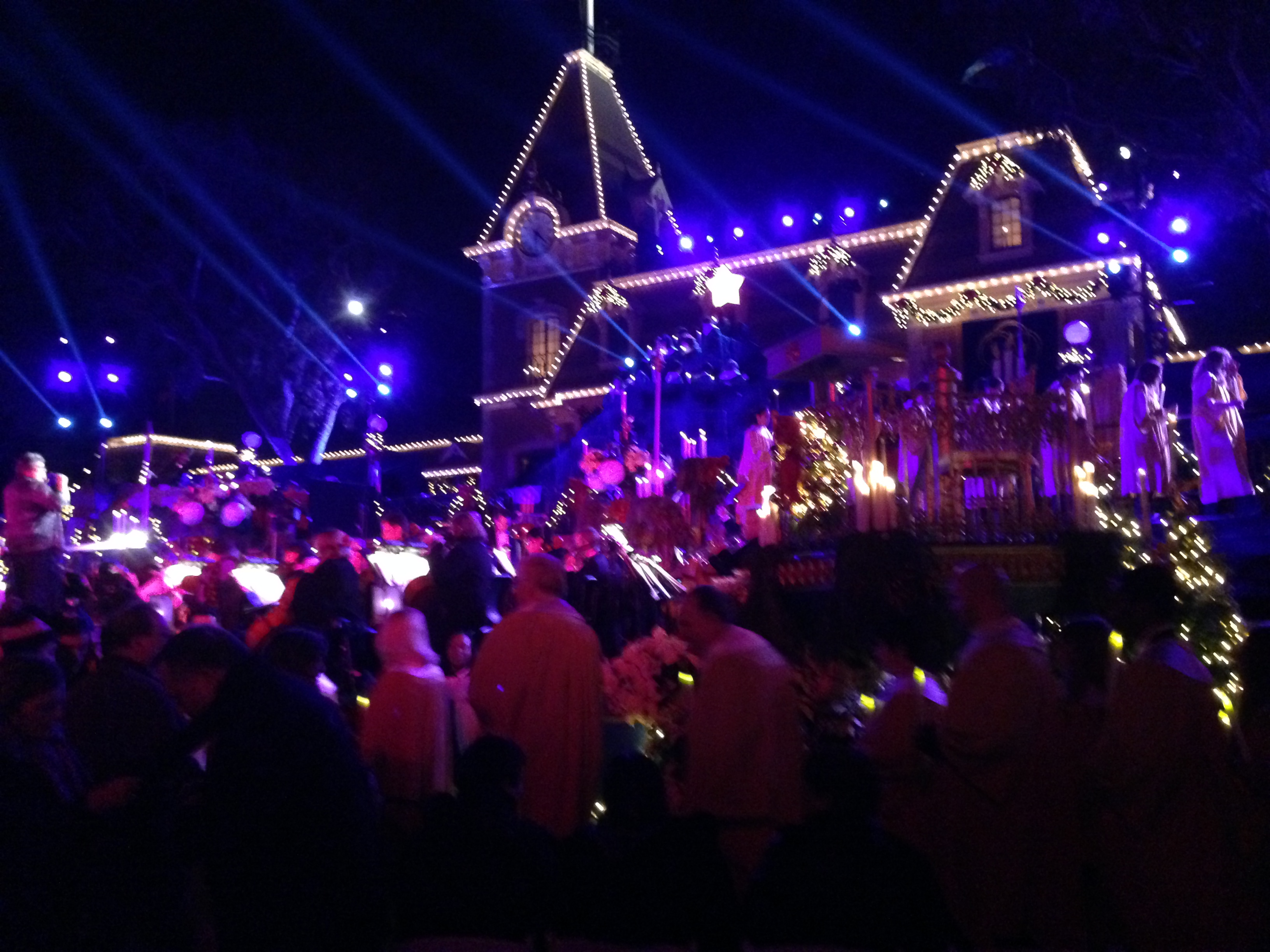 Pros And Cons Of Being A Signature Annual Passholder At