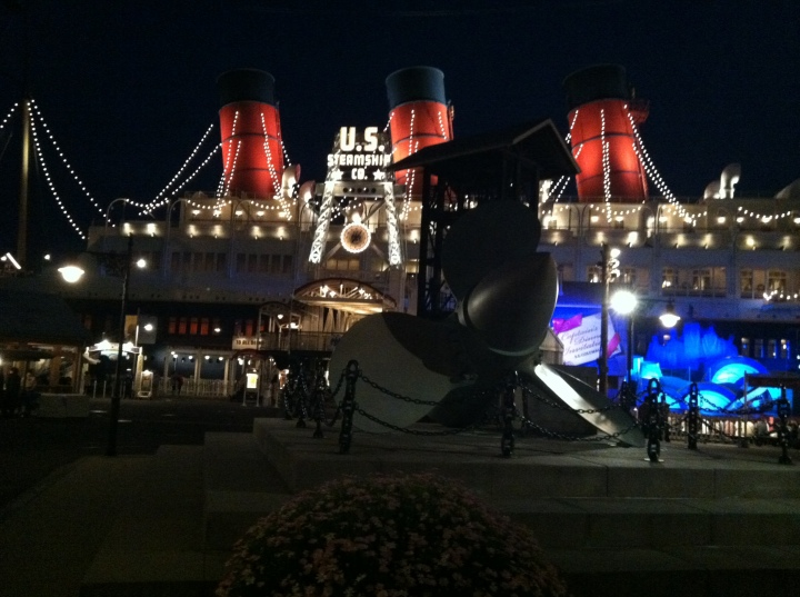 This might look like the Queen Mary, but it's the USS Colombia at Tokyo DisneySea