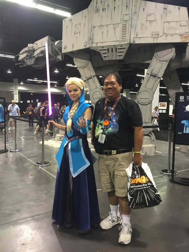 One of my favorite cosplay people - Jedi Elsa