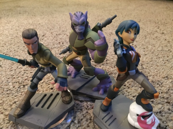 Star Wars Rebels characters can be played in the Twilight of the Republic playset adding extra hours of fun