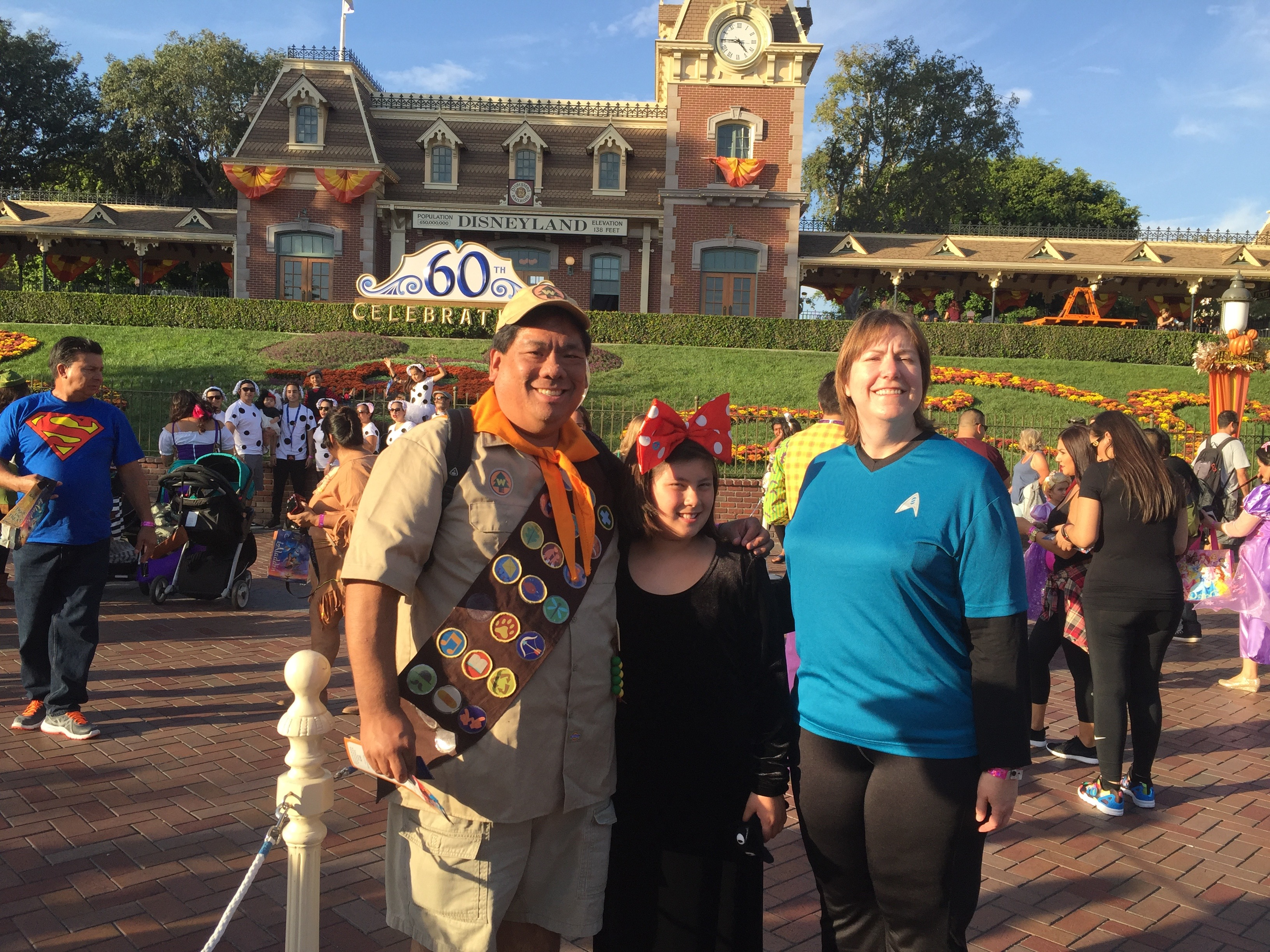 Review: Mickey's Halloween Party 2015 – Sold Out Again! – Disney Nerds