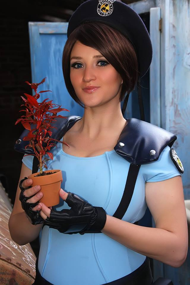 Holly as Jill Valentine from the video game Resident Evil (photo by Victor Trejo / costume by Holly Brooke)