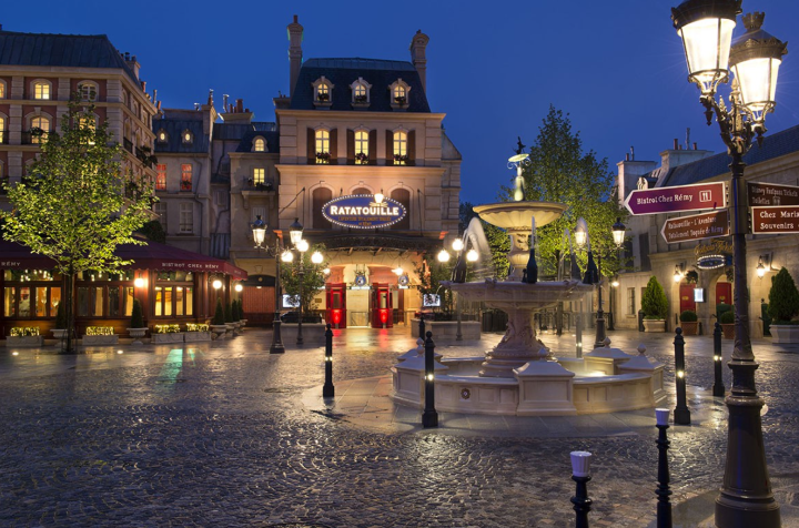 The adorable area outside the Ratatouille Adventure