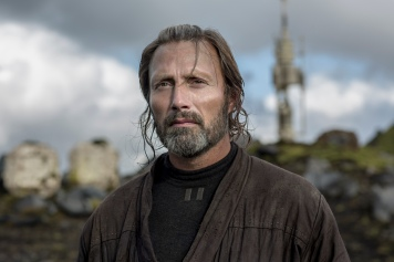 Rogue One: A Star Wars Story..Galen Erso (Mads Mikkelsen)..Ph: Jonathan Olley..Copyright ©2016 Lucasfilm Entertainment Company Ltd., All Rights Reserved