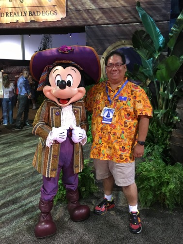 Getting a picture with Pirate Mickey!